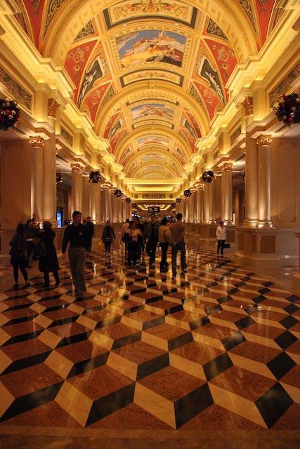 the-venetian-casino-macau-photo-charles-guy-01
