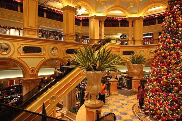 the-venetian-casino-macau-photo-charles-guy-04