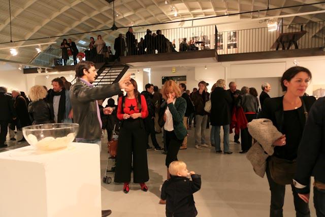 vernissage-exposition-made-in-hong-kong-peintures-michelle-auboiron-espace-commines-paris-novembre-2010-02