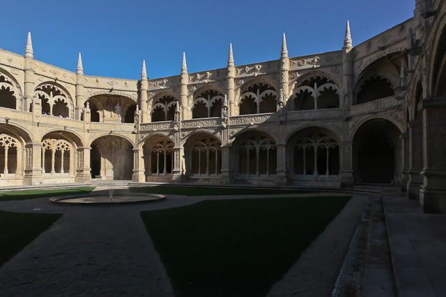 cloitre-mosteiro-dos-jeronimos-belem-lisbonne-photo-charles-guy-1