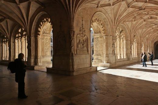 Cloître du Mosteiro dos Jeronimos - Belem - Lisbonne - Portugal - Photo Charles GUY