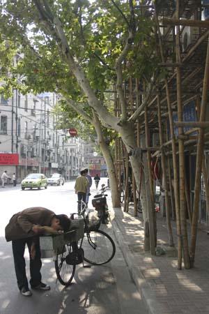 brut-de-shanghai-roadbook-carnet-de-voyage-peintures-michelle-auboiron-photos-charles-guy-15-17