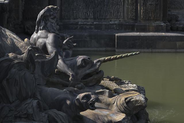 photos-bassin-de-neptune-dragon-versailles-photo-charles-guy-9