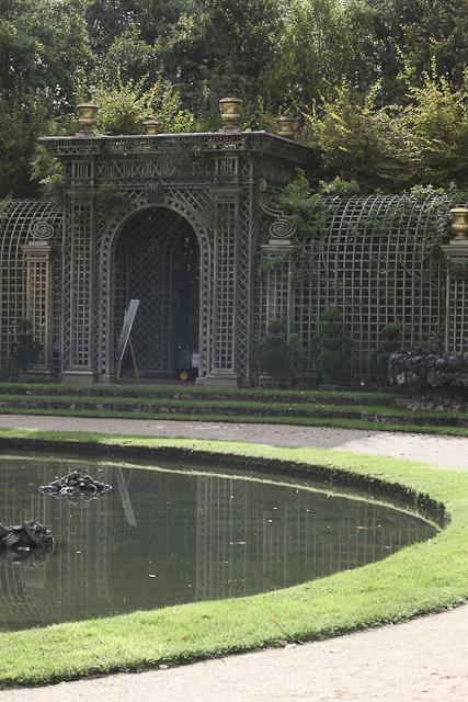 michelle-auboiron-peinture-live-bosquet-de-l-encelade-parc-chateau-de-versailles-4