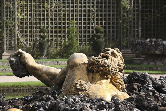 sculpture-bosquet-de-l-encelade-photo-charles-guy-3