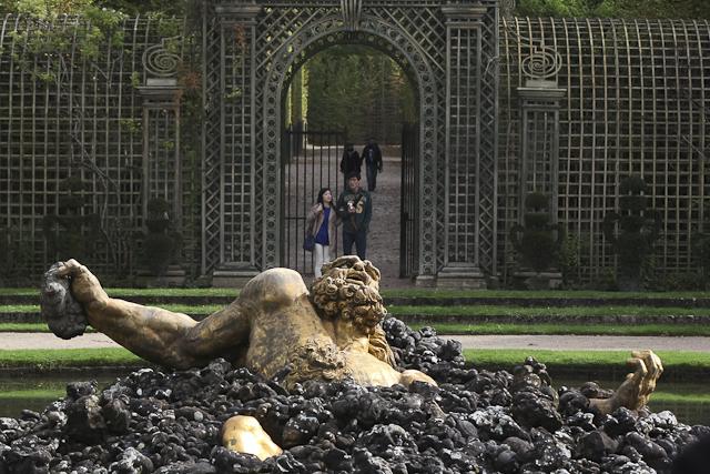 sculpture-bosquet-de-l-encelade-photo-charles-guy-6